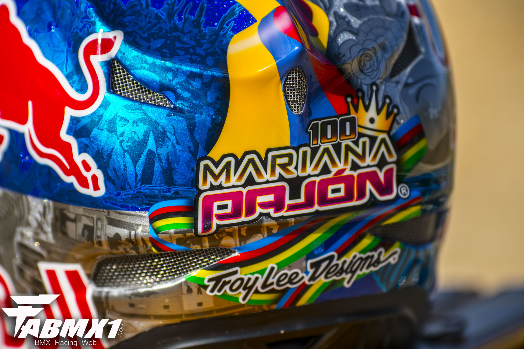 L'histoire du casque TLD de Mariana PAJON !
