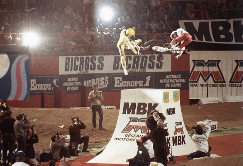 1984-Bercy1-MBK-Branding-Photo-Marc-Le-Noir-01